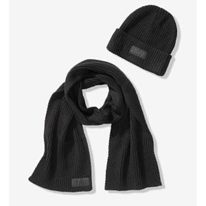 PINK VS Beanie and scarf set NIP (Black)